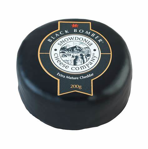 Snowdonia Black Bomber Extra Mature Cheddar 200g Truckle