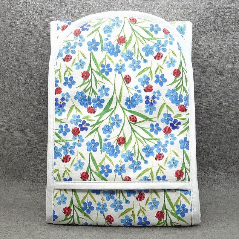 Gisela Graham Forget Me Not Oven Glove